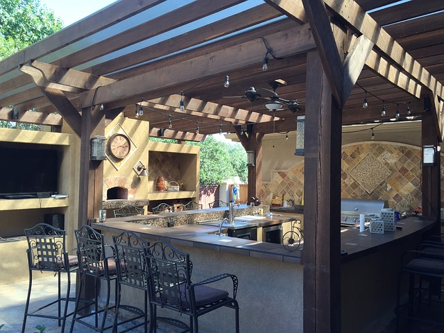 The Top Advantages Of Building An Outdoor Kitchen Area